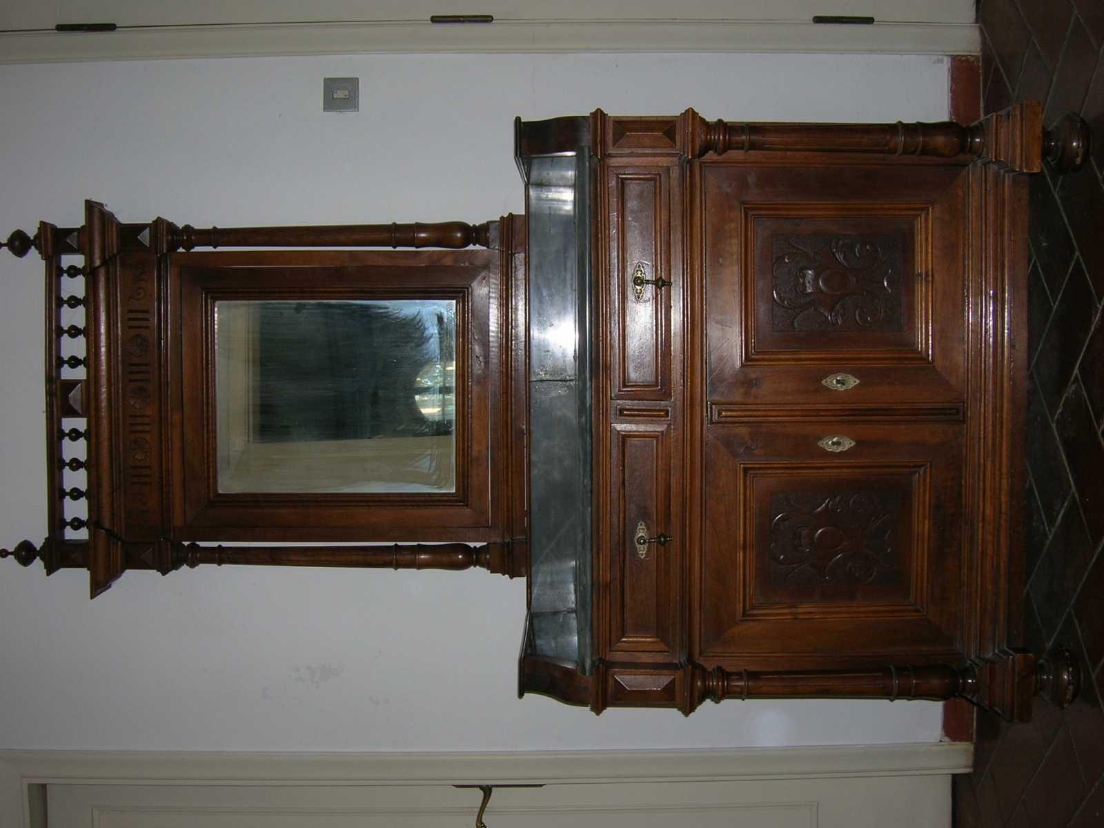 Camera da letto stile umbertino forum arte del mobile antico - Oggetti camera da letto ...
